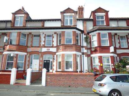 5 Bedrooms Terraced House for sale in Newry Street, Holyhead, Sir Ynys Mon, LL65