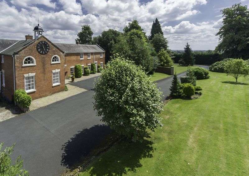 4 Bedrooms Semi Detached House for sale in Wrottesley Hall Estate, Codsall, Wolverhampton