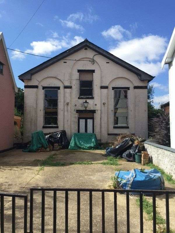 Property for sale in Cross Street, Hoxne