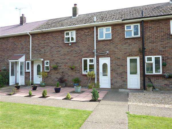 2 Bedrooms Property for sale in DYKE ROAD, NORTH COTES, GRIMSBY
