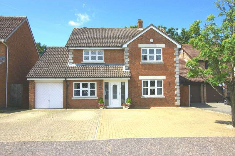 4 Bedrooms Detached House for sale in Windermere Drive, Braintree