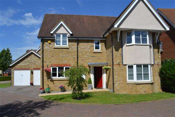 4 Bedrooms Detached House for sale in Cavendish Way Caldecote, Cambridge