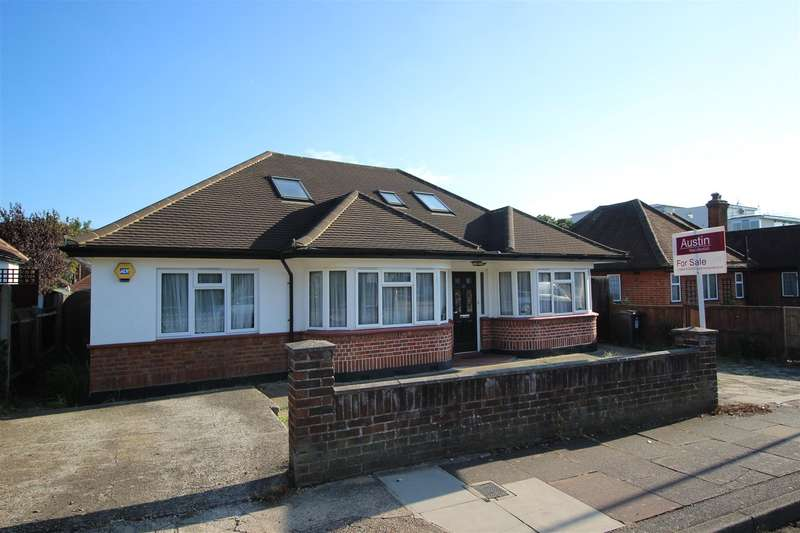 4 Bedrooms Property for sale in Brickwall Lane, Ruislip
