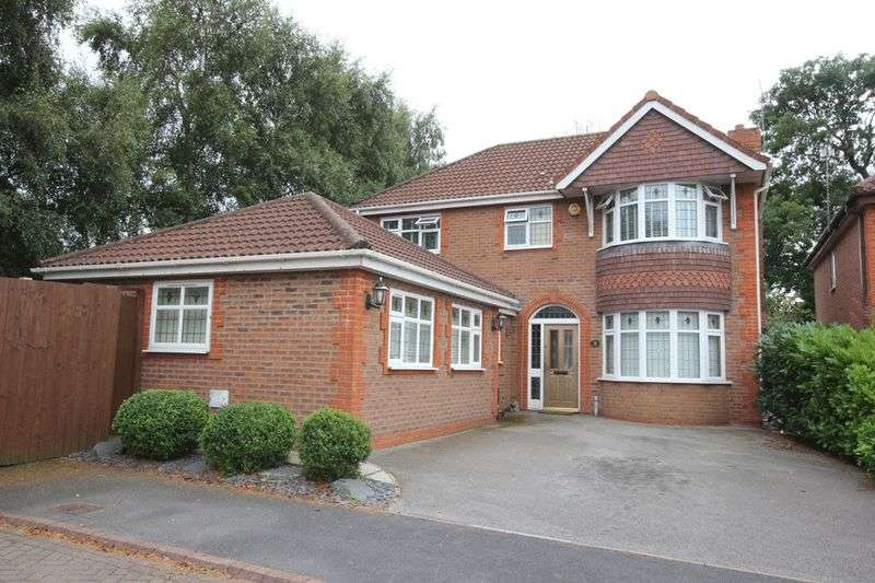 4 Bedrooms Detached House for sale in Lartonwood, West Kirby, Wirral