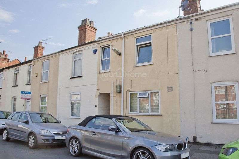 2 Bedrooms Terraced House for sale in Sincil Bank, Lincoln