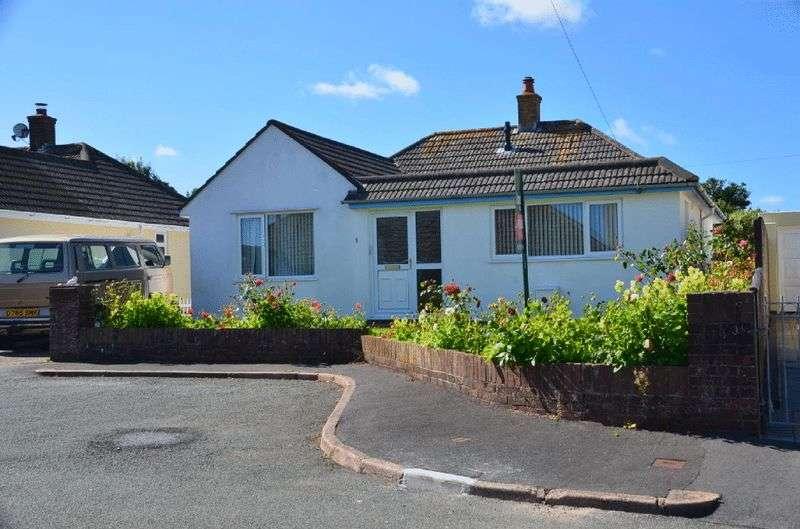 3 Bedrooms Bungalow for sale in LAKES CLOSE, BRIXHAM