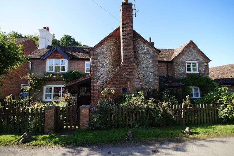 4 Bedrooms Detached House for sale in Lee Common, Great Missenden