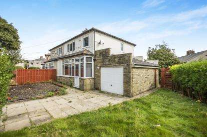 3 Bedrooms Semi Detached House for sale in Golf Crescent, Halifax, West Yorkshire, Halifax