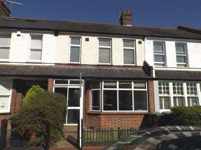 3 Bedrooms Terraced House for sale in Downhills Avenue, London