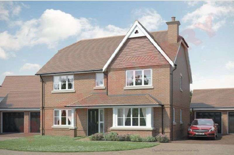 4 Bedrooms Detached House for sale in Water Lane, Storrington