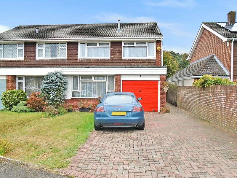 3 Bedrooms Semi Detached House for sale in Malvern Avenue, Fareham