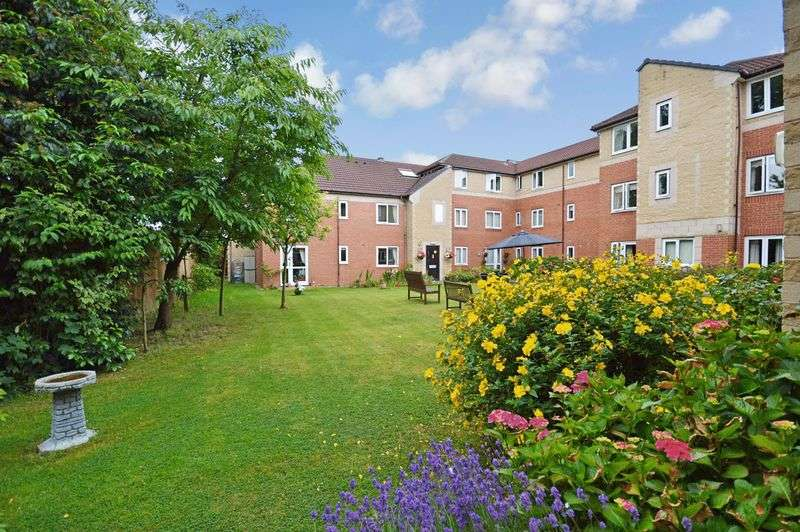 1 Bedroom Retirement Property for sale in Barons Court, Solihull, B92 8LL