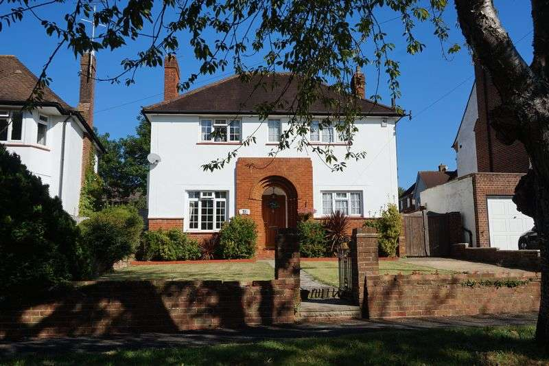3 Bedrooms Detached House for sale in Banstead