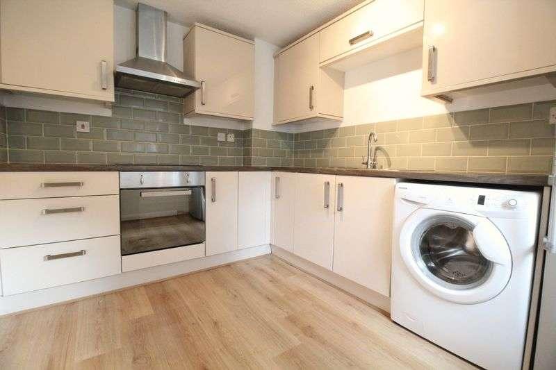 2 Bedrooms Flat for sale in Hazelmoor, Hebburn