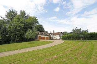5 Bedrooms Detached House for sale in Forest Road, Horsham, West Sussex