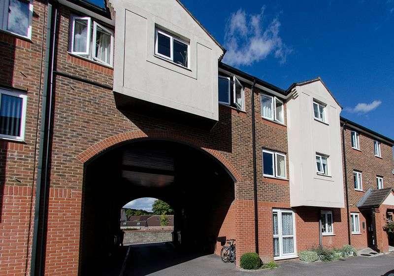1 Bedroom Retirement Property for sale in Station Road, Warminster