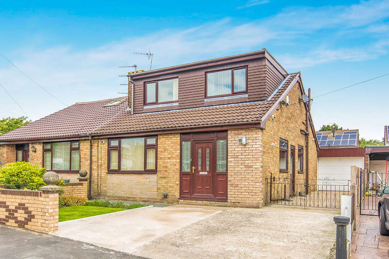 3 Bedrooms Semi Detached House for sale in Balmoral Avenue, Royton, Oldham, OL2