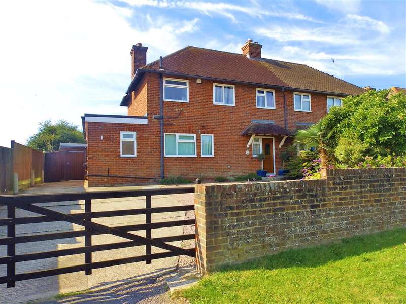 3 Bedrooms Semi Detached House for sale in Fairfield, Herstmonceux