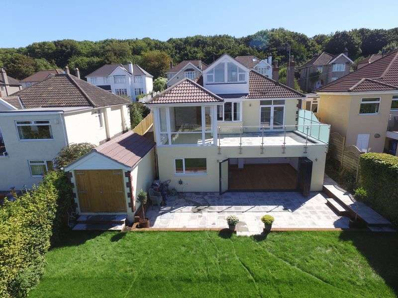 4 Bedrooms Detached House for sale in Dramatically transformed 1930s bungalow set in large gardens with stunning sea views