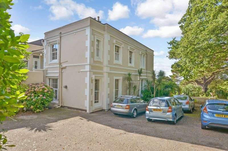 2 Bedrooms Flat for sale in Middle Lincombe Road, Torquay
