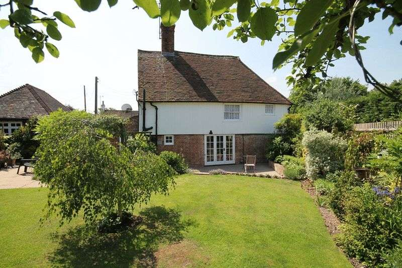 3 Bedrooms Detached House for sale in Henfield Road, Albourne, Hassocks,