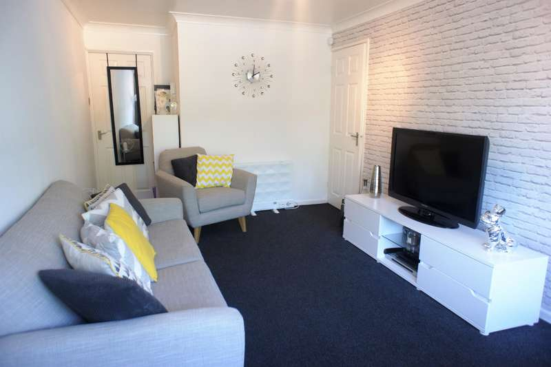 1 Bedroom Flat for sale in The Greenway, Carr Road, Deepcar , S36 2UA