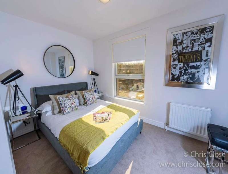 2 Bedrooms Flat for sale in Ashcroft Lane, Edinburgh, EH14