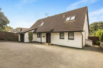4 Bedrooms Detached House for sale in Bodmin, Cornwall, 13 Love Lane