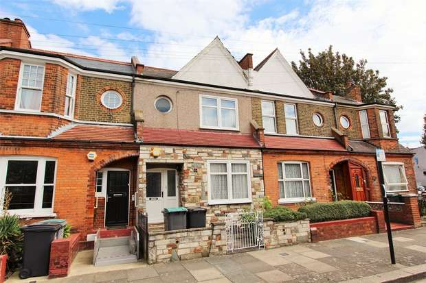 3 Bedrooms Terraced House for sale in Mark Road, Wood Green, N22