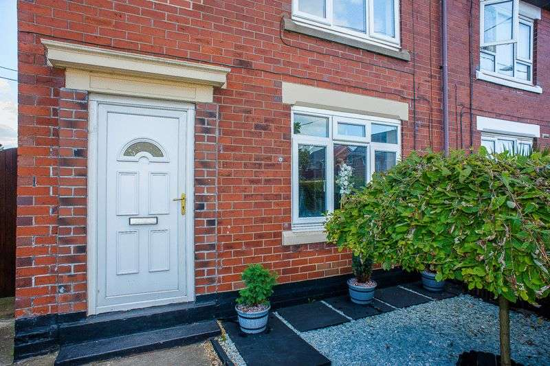 3 Bedrooms Semi Detached House for sale in Kimberley Street, Goms Mill, Stoke-On-Trent, ST3 2QY
