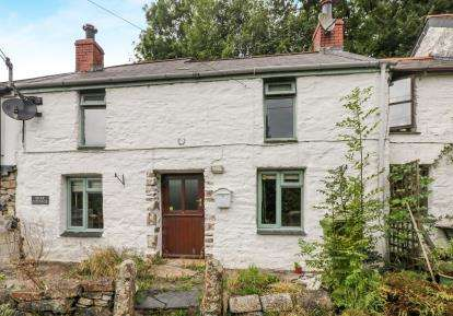 2 Bedrooms Terraced House for sale in Mount, Bodmin, Cornwall