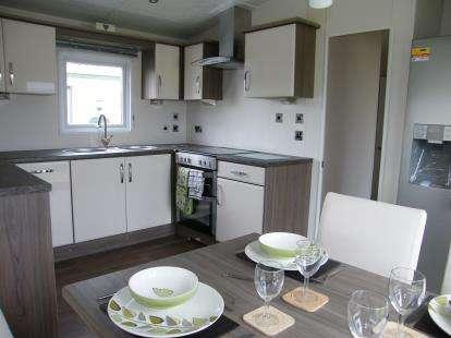2 Bedrooms Mobile Home for sale in Gillard Road, Brixham