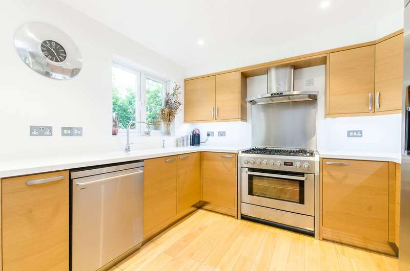 4 Bedrooms House for sale in Keats Close, Bermondsey, SE1