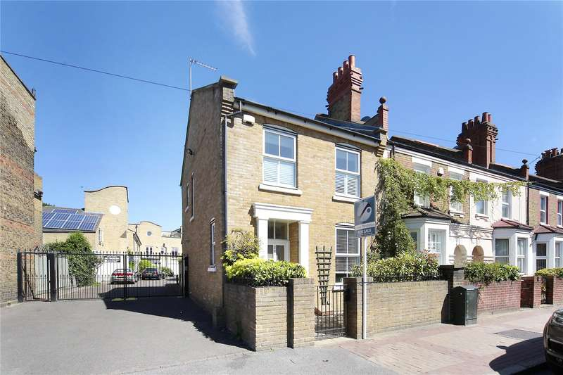 4 Bedrooms End Of Terrace House for sale in Chestnut Grove, Nightingale Triangle, London, SW12