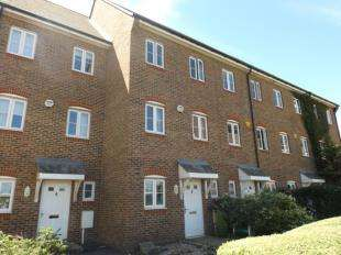 4 Bedrooms Terraced House for sale in Sussex Wharf, Shoreham-by-Sea, West Sussex