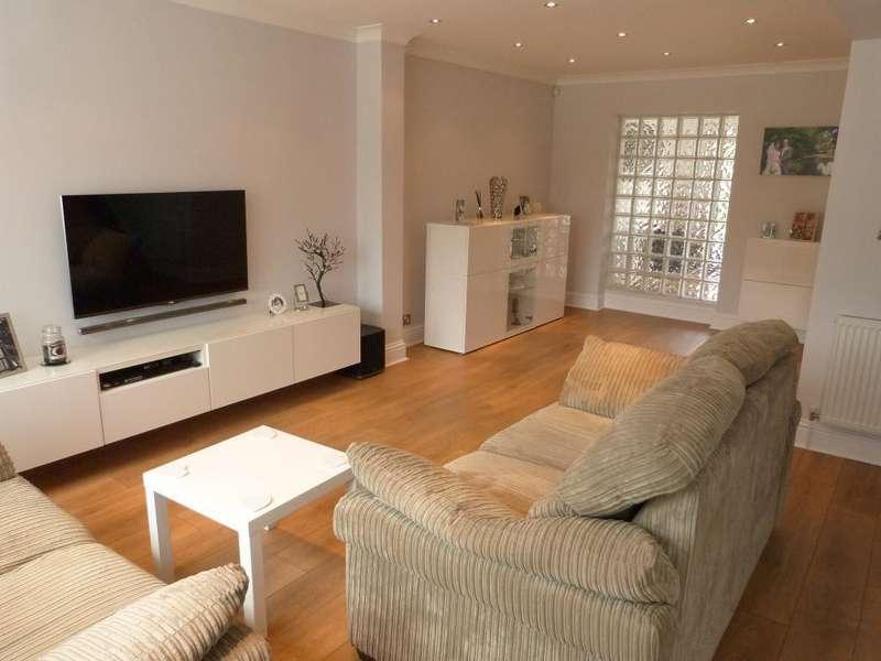 3 Bedrooms Terraced House for sale in Hudson Road, Harlington, Middx, UB3 5EN