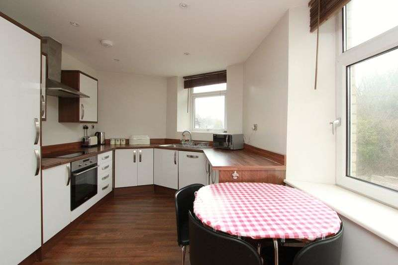1 Bedroom Flat for sale in Windsor Road, Penarth