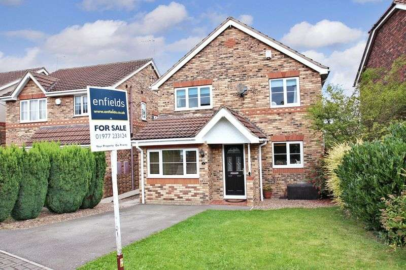 3 Bedrooms Detached House for sale in Beech Croft, Pontefract