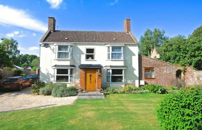 4 Bedrooms Detached House for sale in CLANVILLE- between Castle Cary and Glastonbury