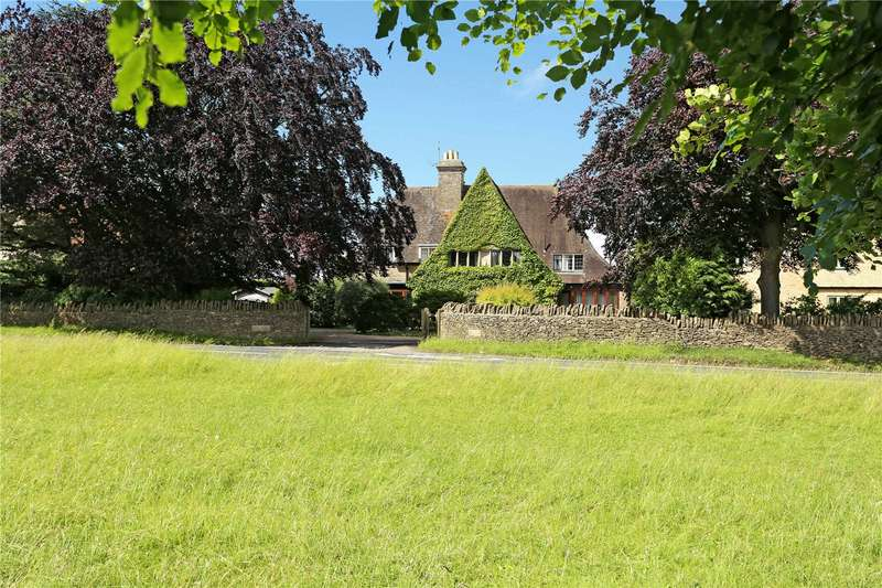 5 Bedrooms Detached House for sale in Cirencester Road, Minchinhampton, Stroud, Gloucestershire, GL6