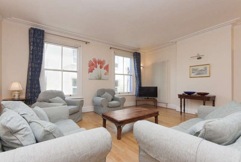 4 Bedrooms Apartment Flat for sale in 74a Fore Street, Salcombe