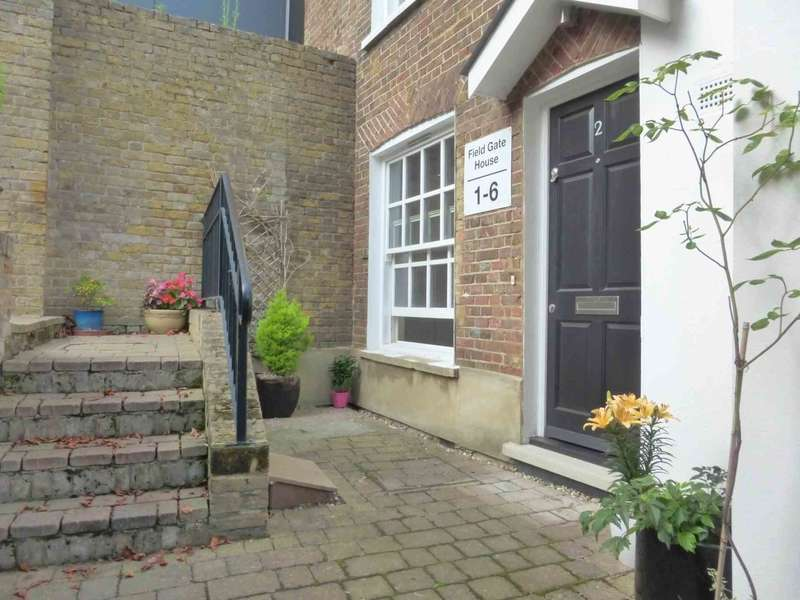 1 Bedroom Maisonette Flat for sale in Watford Field Road, Watford