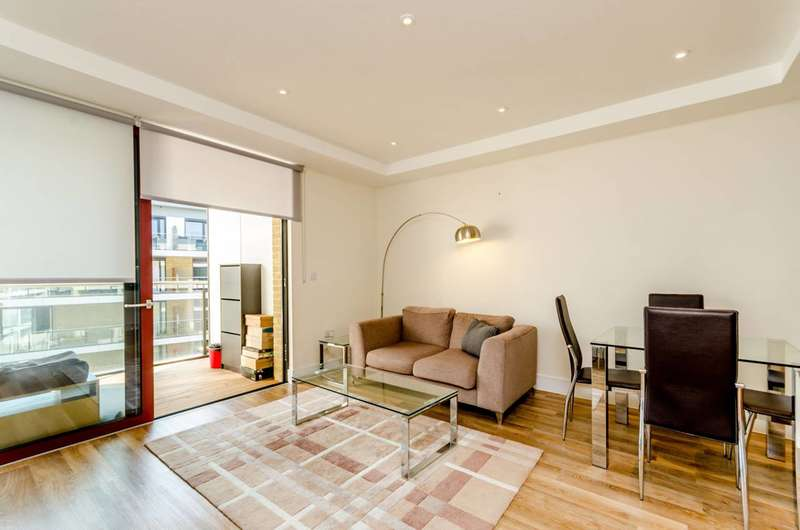 1 Bedroom Flat for sale in Knaresborough Drive, Earlsfield, SW18