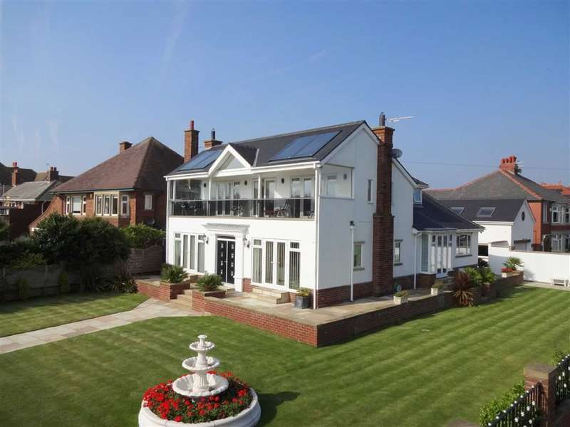 4 Bedrooms Property for sale in Inner Promenade, Fairhaven