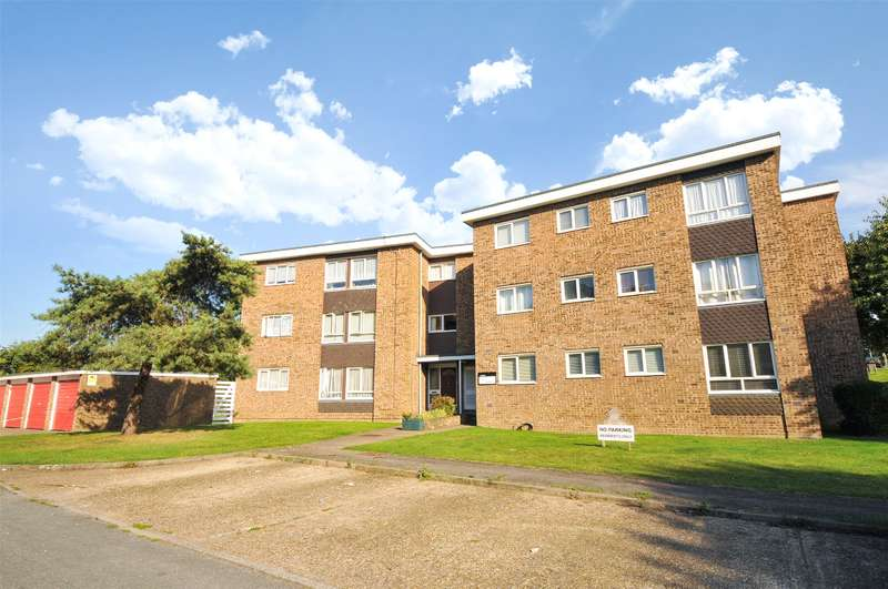 1 Bedroom Apartment Flat for sale in By The Wood, Carpenders Park, Watford, WD19