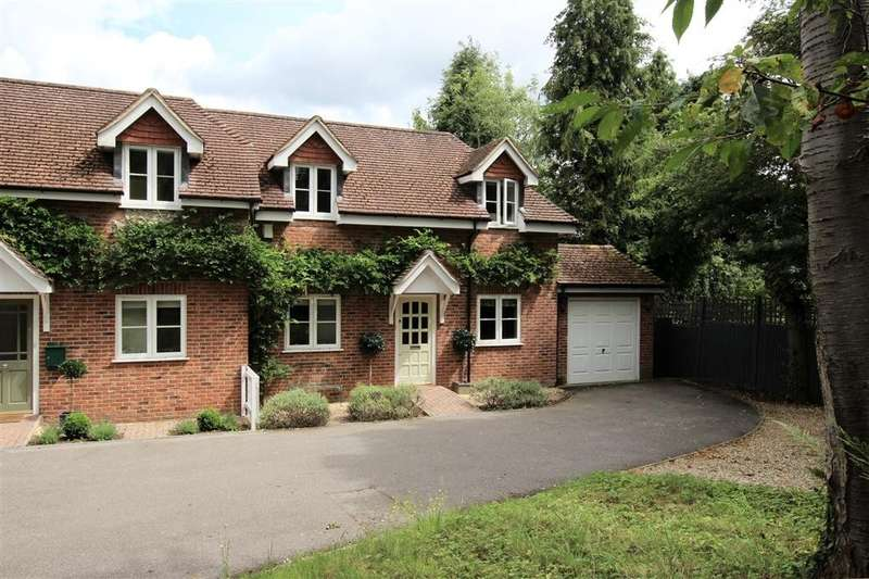 4 Bedrooms Semi Detached House for sale in Aldworth Road, Upper Basildon, Reading, RG8