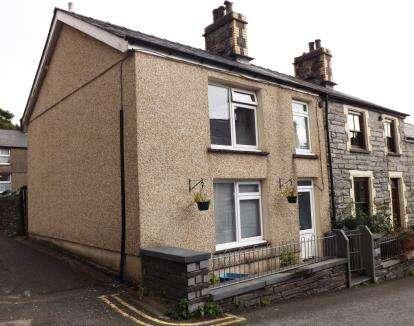 House for sale in Cromwell Street, Blaenau Ffestiniog, Gwynedd, LL41