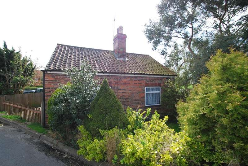 2 Bedrooms Bungalow for sale in Avondale, 17 Rumbold Lane, Wainfleet
