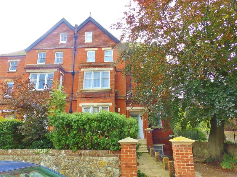 3 Bedrooms Apartment Flat for sale in Jevington Gardens, Eastbourne