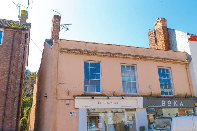 1 Bedroom Flat for sale in High Street, Crediton